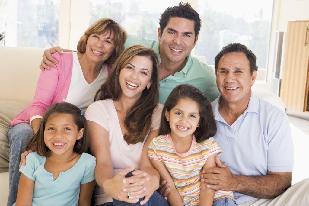 Spanish family resident card: unjustified denials