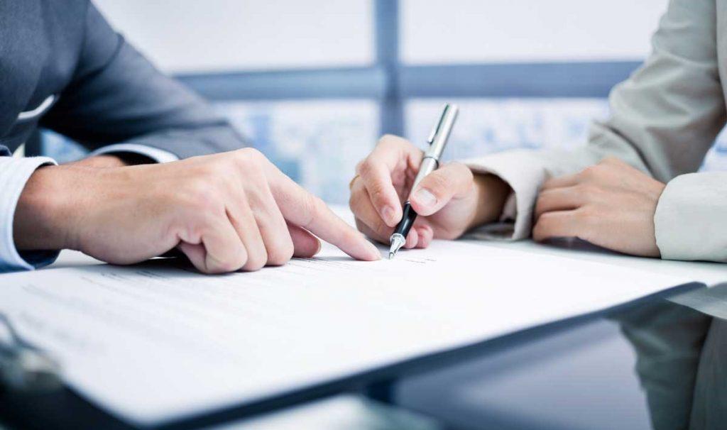 contrato de trabajo para el arraigo social