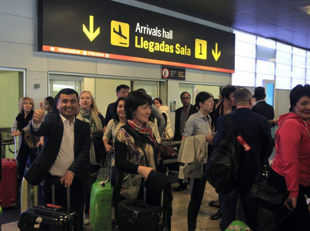requisitos para viajar a España como familiar de español