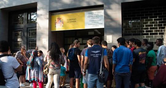 Reconocen residencia por razones humanitarias a venezolanos solicitantes de asilo
