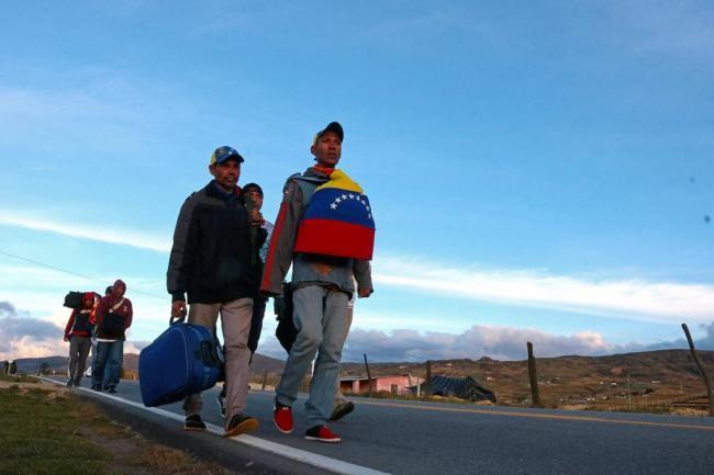 El Congreso insta al Gobierno a dictar un Estatuto de Protección Temporal para venezolanos en España