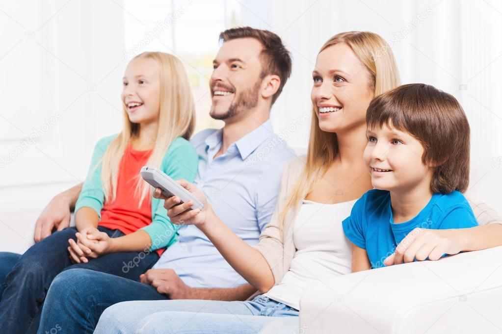 Requisitos para la reagrupación familiar en España