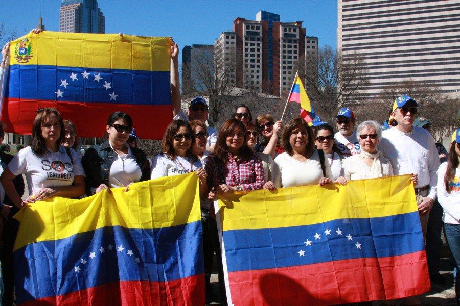 residencia razones humanitarias venezolanos España