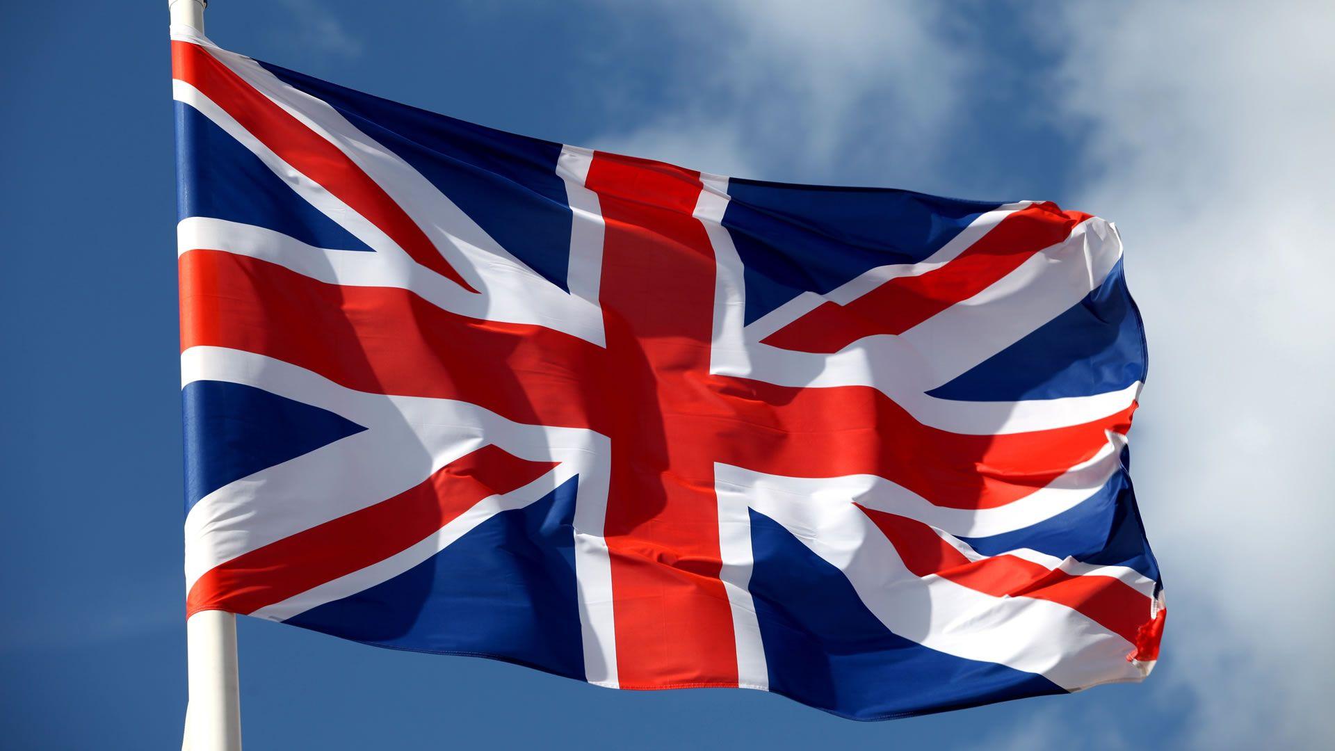 ¿Puedo viajar sin visado a Reino Unido si soy extranjero con permiso de residencia en España?