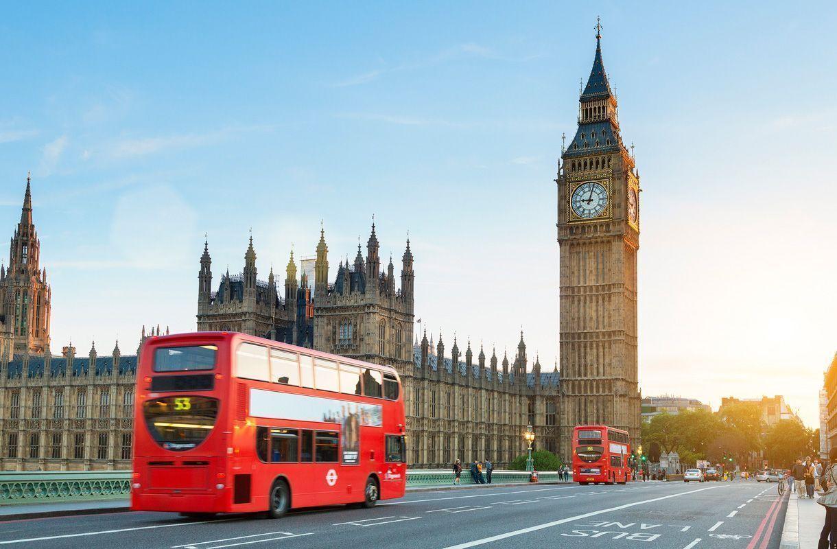 ¿Puedo viajar a Reino Unido con la tarjeta de familiar comunitario?