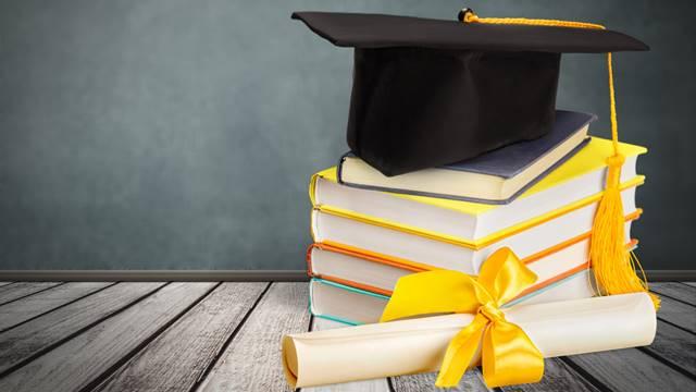 homologar, convalidar, solicitar equivalencia título universitario españa