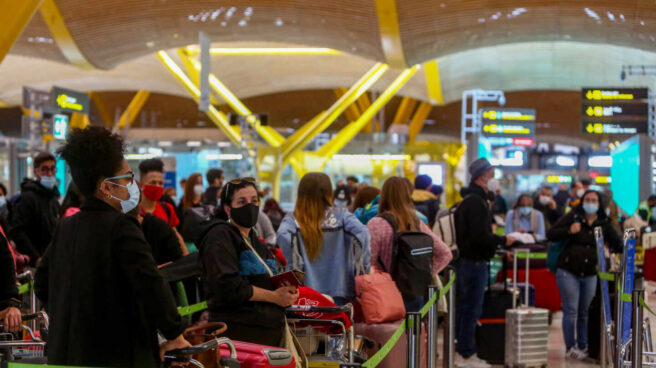 Restricciones de movilidad por COVID: Quienes pueden viajar a España