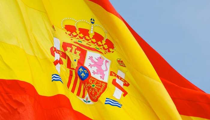 Solicitar nacionalidad española al año de residencia legal
